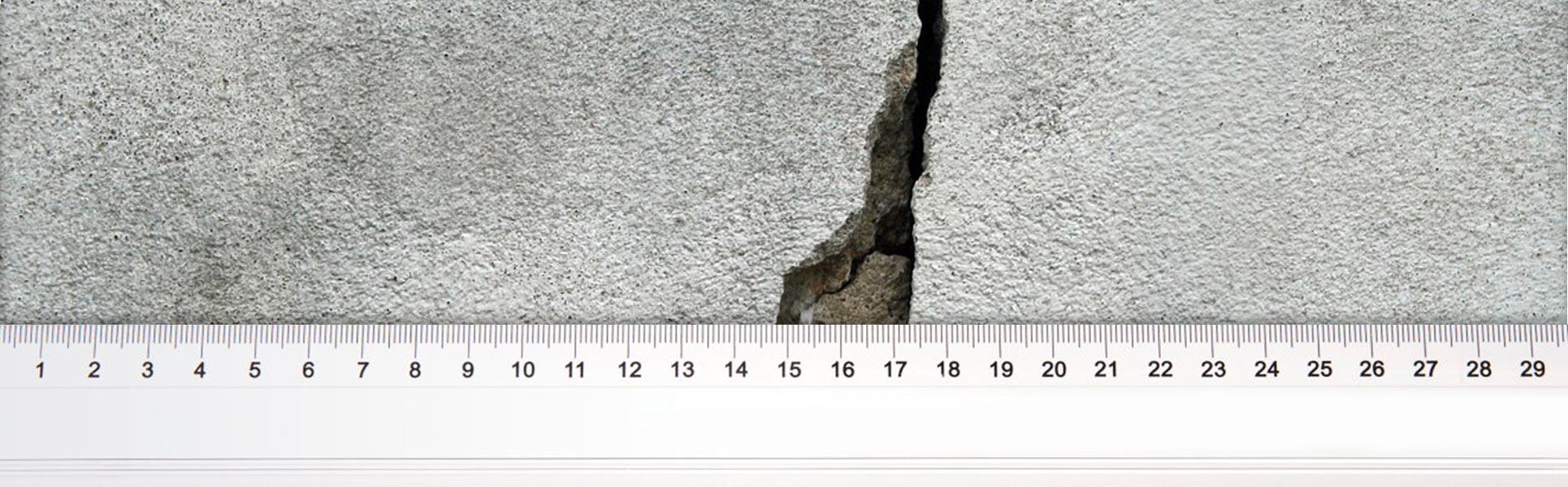 Come monitorare le crepe nei muri